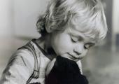 alleen-knuffelen-met-knuffels-5b0b4a77572ac315cce03a808e5ba91c3de584c6